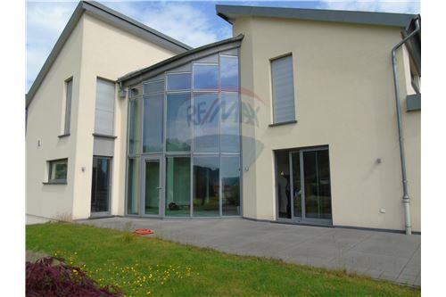 Bastendorf, Nord - For Sale - 995.000 €