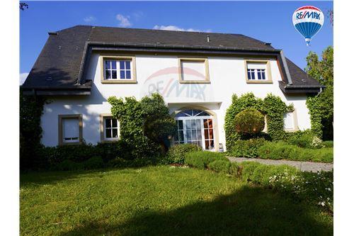 Nagem, Ouest - For Sale - 1.375.000 €